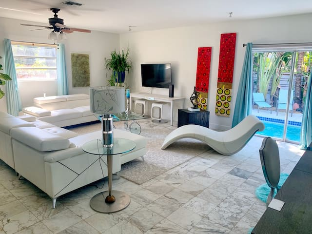 Miami Beach 3Bd/2Bt ArtDeco Home Parking & Pool