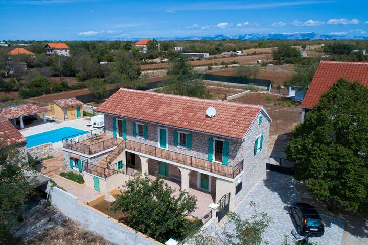 Villa with Tennis Court, Special Interiors, Sauna in Gorica