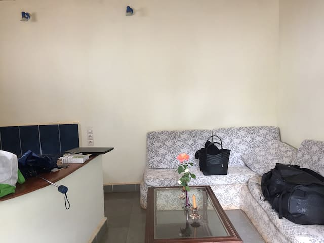 Studio apartment close to the airport