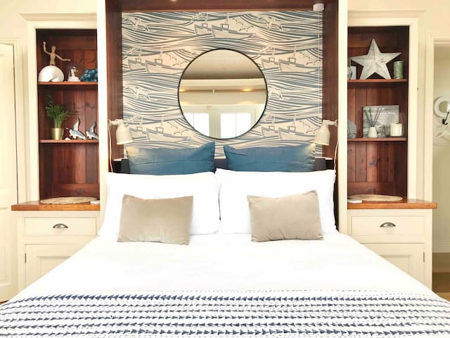 King size bed, new mattress,The Boathouse, Kinsale waterfront