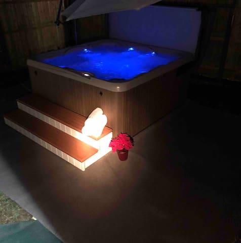 Pocono Farmhouse at Camelback w Hot Tub and Pool