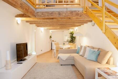 Beautiful duplex near Ramblas - Barcelona