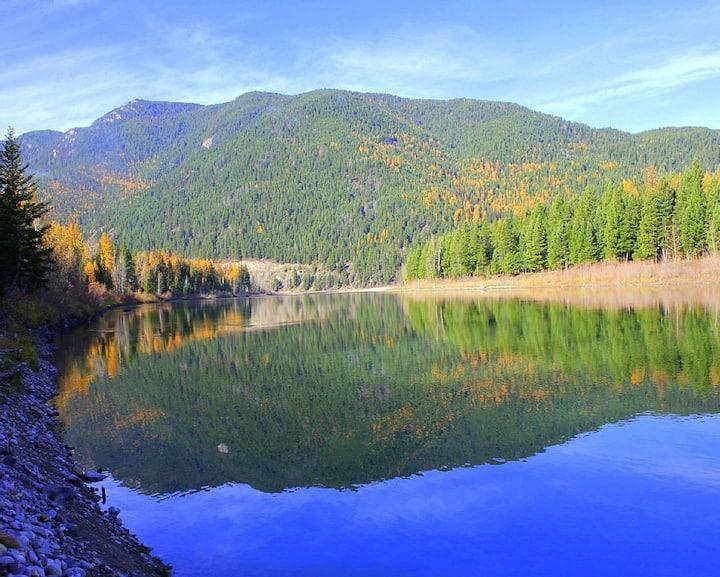 Glacier Riverside Lodge-10 Minutes to Glacier Park