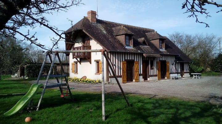 Maison de Saint-Benoît à la campagne