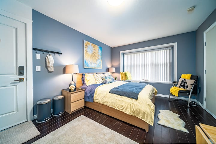 Cozy and homey basement suite!