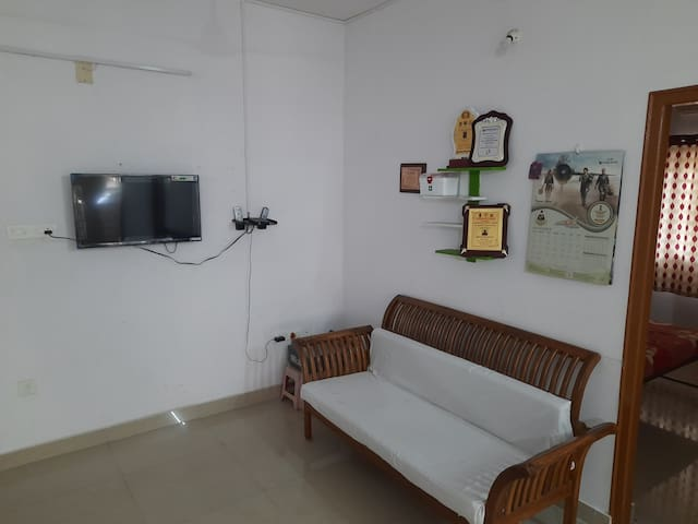 PAraDise🏡 3bhk(A/C) 1 KM from THrISSUR TOWn😊🌟