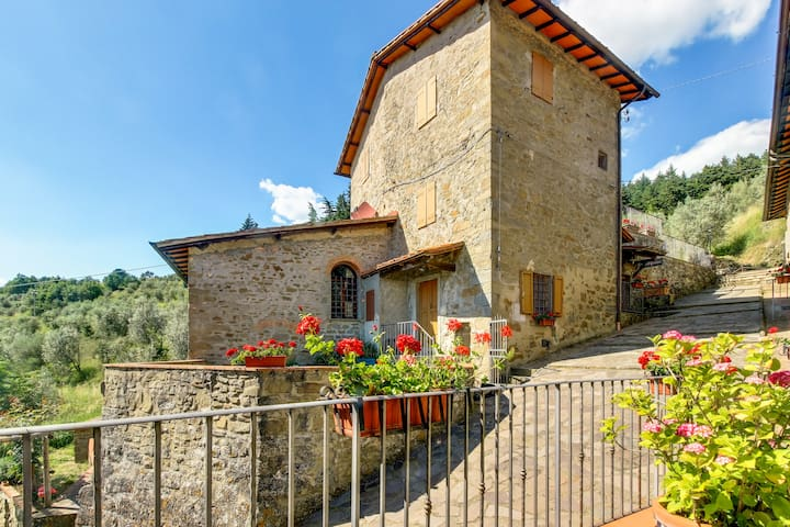 La Torre of Tuscany 3BR 2BA shared POOL - Reggello - Apartament