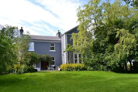 Fabulous, sunny spacious family period home