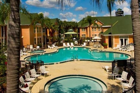 Kissimmee 5 min from Disney world - Kissimmee - Apartment