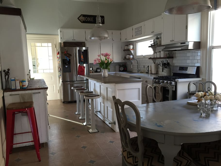 Awesome eat-in kitchen with a dining table for 6 plus a kitchen island that seats 4