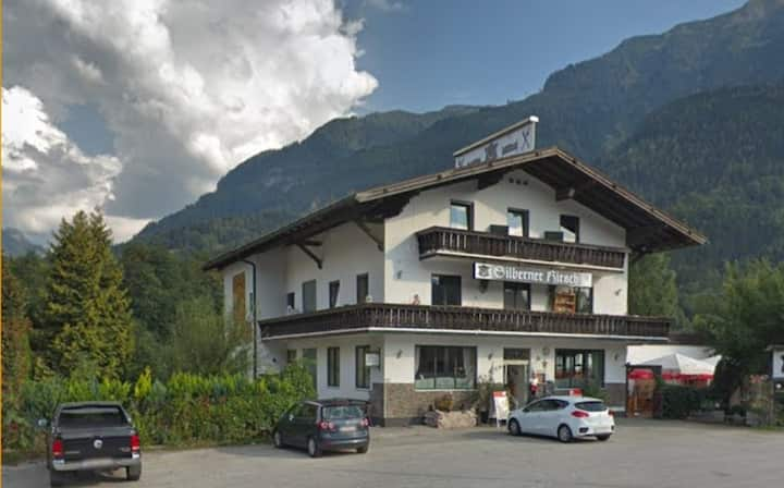 HOTEL GARNI  TOP 5 APARTMENT FÜR 2 bis 6 PERSONEN