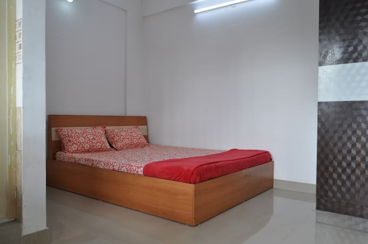 Siddhi - Fully Furnished 3BHK Condominium