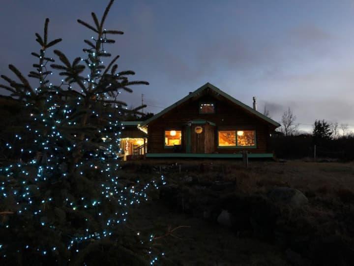 Chugach Cabin Lodge at Flattop Mountain