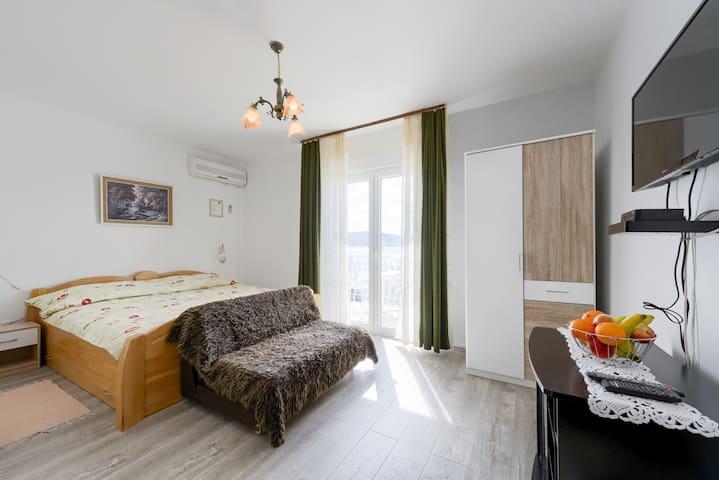 Villa Fontana Room 1