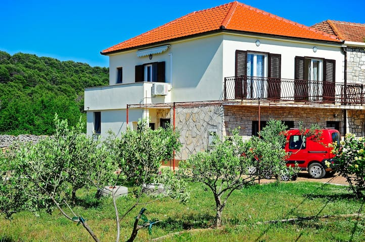 Apartman Marin-Dalmatian way of vacation