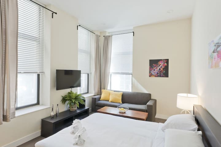 Classic 1BR in Downtown Crossing by Sonder