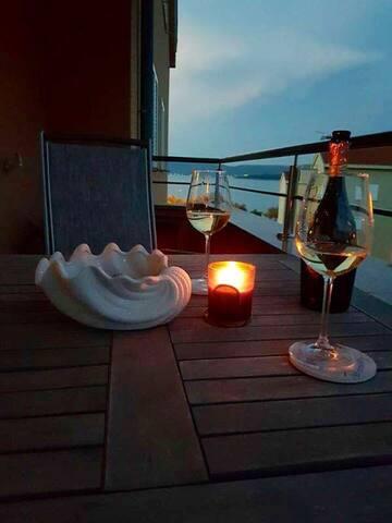 Freundliche Ferienwohnung direkt am Meer