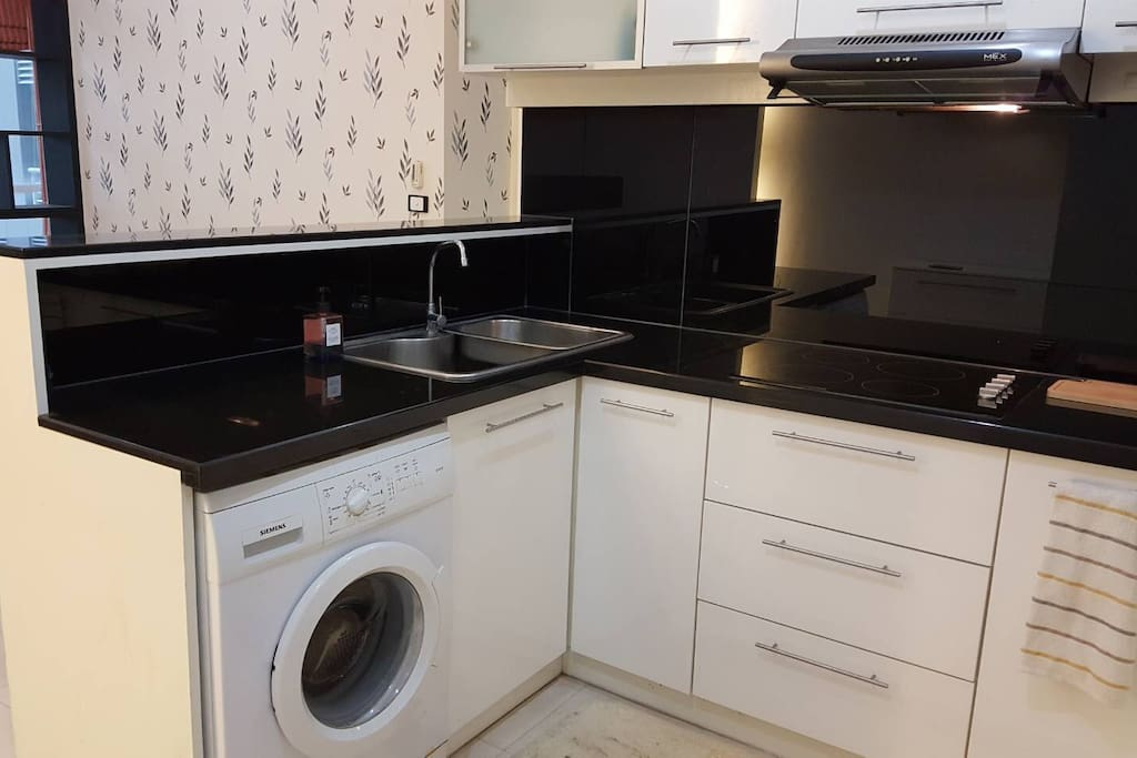 Private Kitchen and washing machine.
