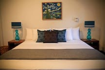King Size Bed Manel Room