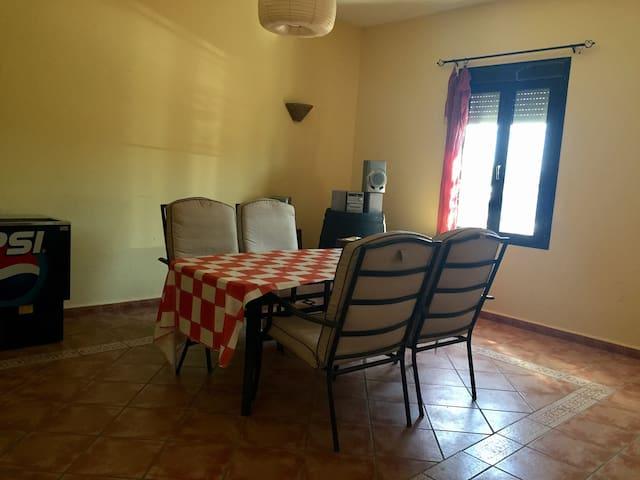 Campo - Chalet en Lora - El Priorato