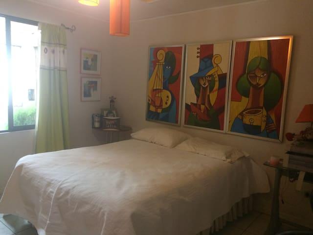Habitación privada - San José - Casa
