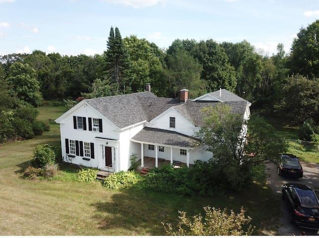 Adirondack Country Living- Comfort Room