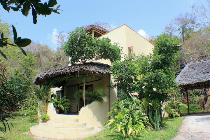 Dabaso Cottage