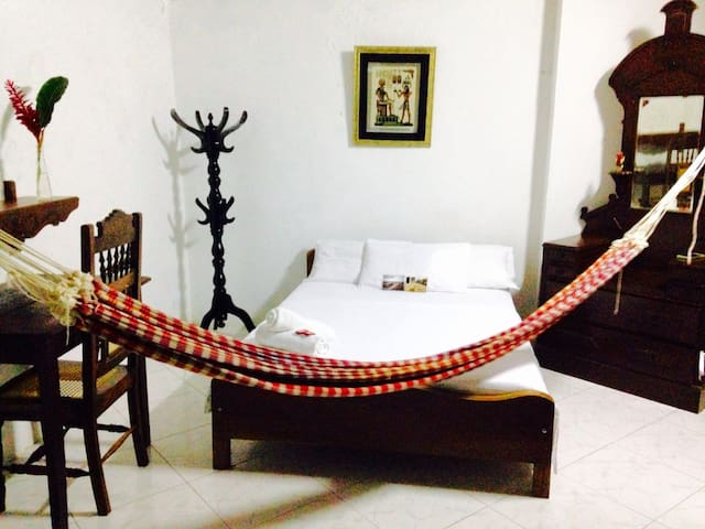 Double bed room colonial house historic quarters