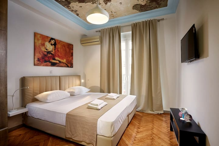 Modern studio in the heart of Athens