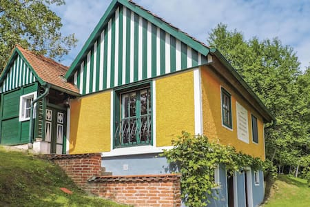 Holiday cottage with 1 bedroom on 66m² in Breitenfeld