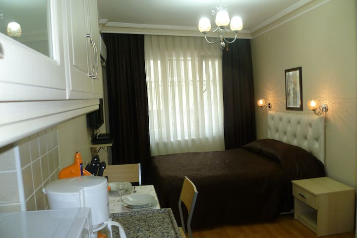 Central Standard Apartment