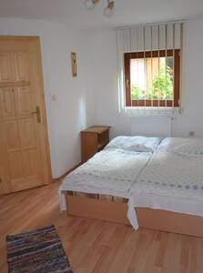Dvojlôžková izba 1 - Habovka - Bed & Breakfast