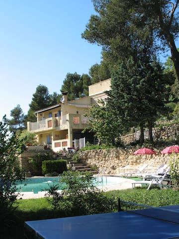 Villa Piscine 3 ch. Calme, gd Espace 10ha, Air pur - Peyrolles-en-Provence - 기타
