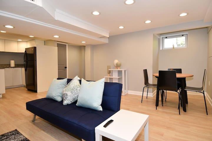 Grey House Theme Apartment6