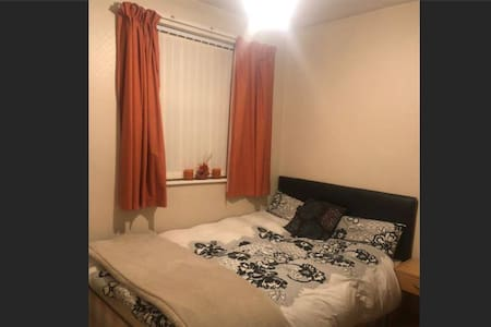 Shared house- Close to Manchester city centre.