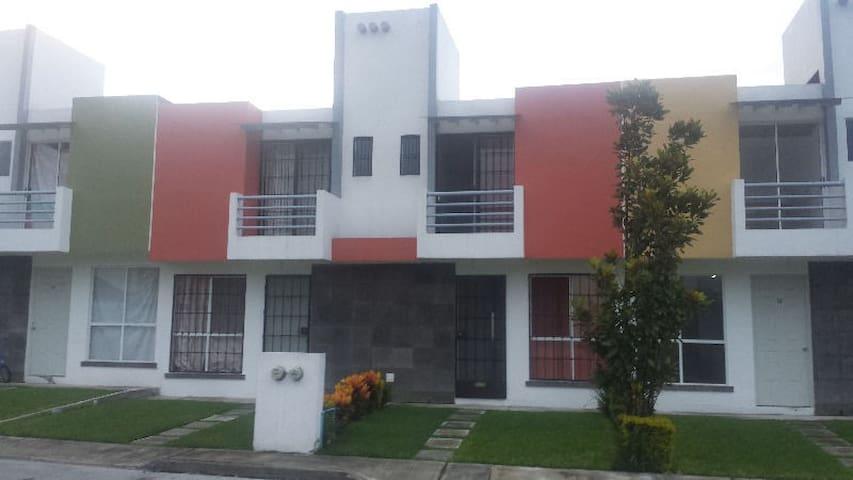 Comfort y descanso en el Municipio de Zapata. - Emiliano Zapata - Dům