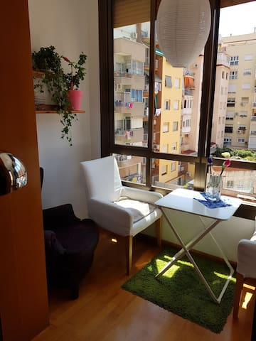 Lovely Two Bed Room in Sagrada Familia