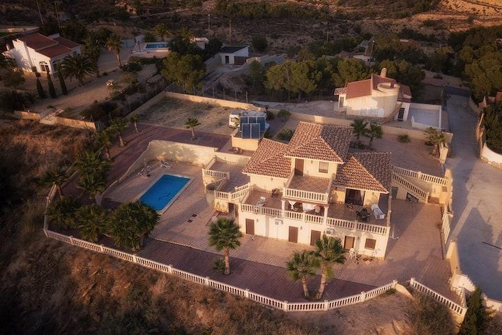 Villa »Valle del Sol« mit Pool und tollem Ausblick