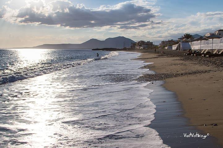 Neapoli beach