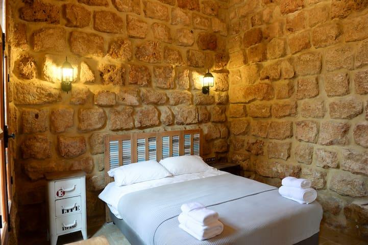 Sandstone Room in old Batroun 1317-D