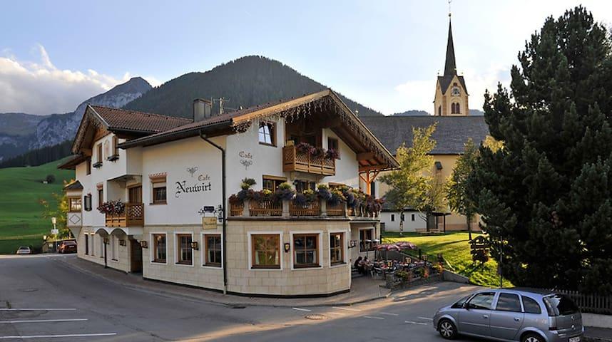 Tolles Appartement im Tiroler Landhausstil