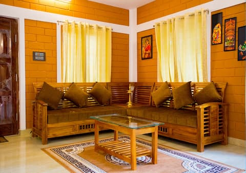 Forest Resort Near Thirunelli With Balcony View