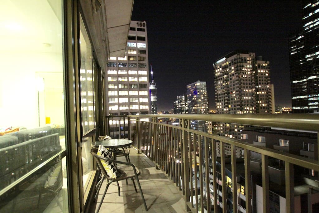 Enjoy the night view in the Heart of CBD City