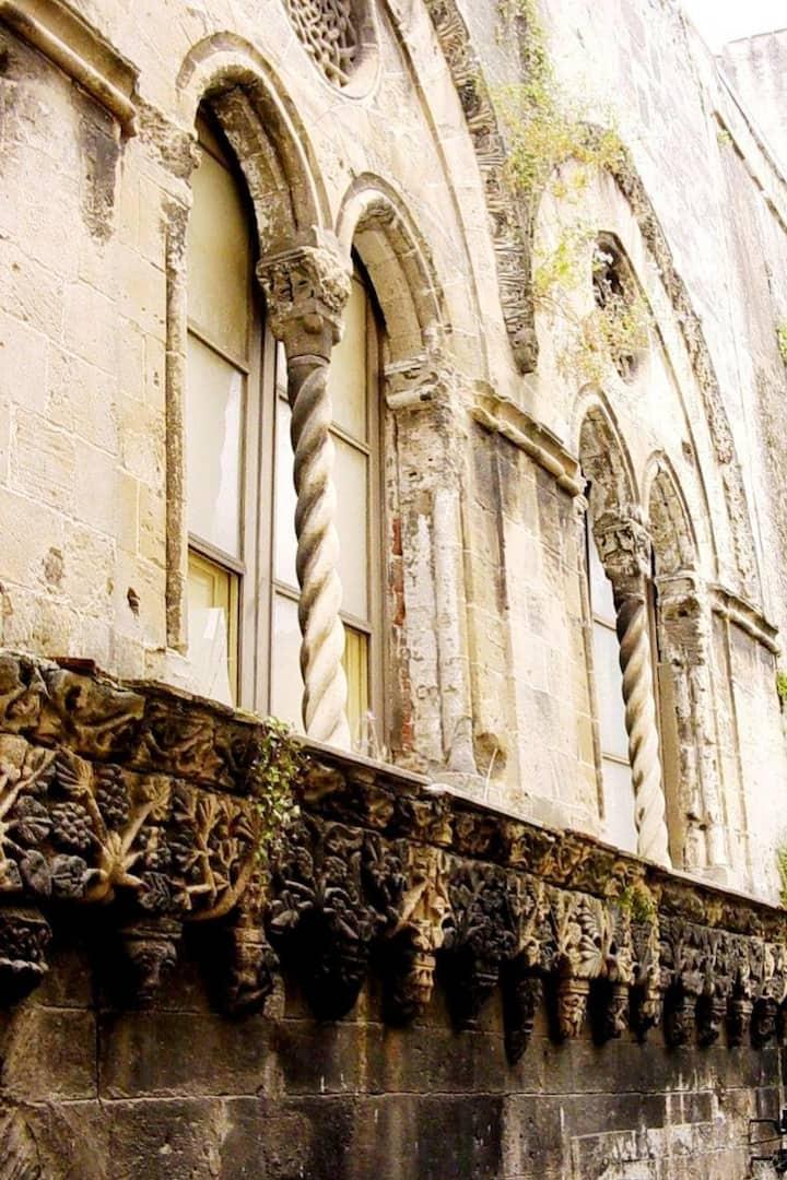 Medieval houses in Salita S. Antonio