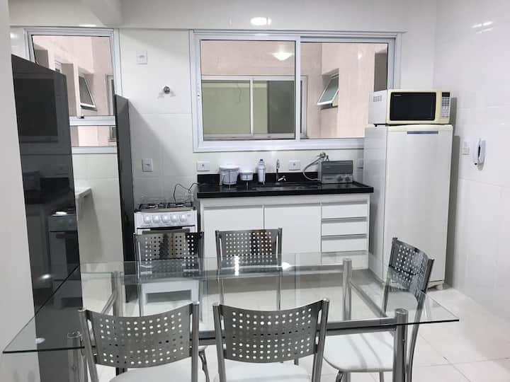 Apartamento de dois quartos no centro de Viçosa