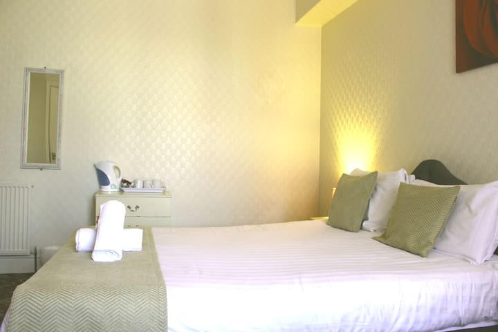 Double room in Bed & Breakfast hotel