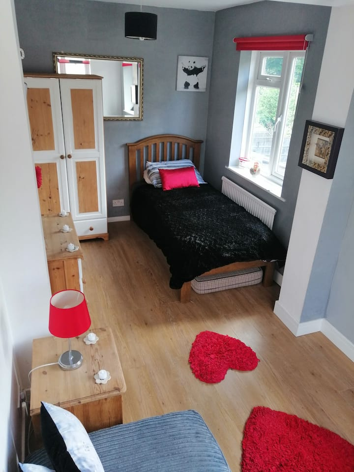 Relaxing clam retreat, close to London