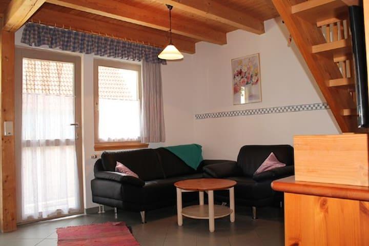 Feriendorf Nehmeier (Haundorf), Ferienhaus 3 mit kostenfreiem WLAN