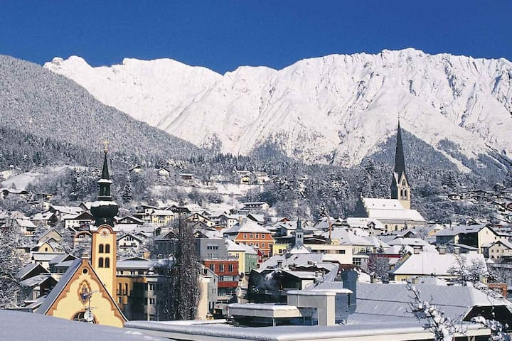 Central appartement in the heart of the alps - Gemeinde Imst - Apartamento