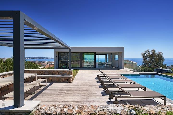 Villa Rivieras